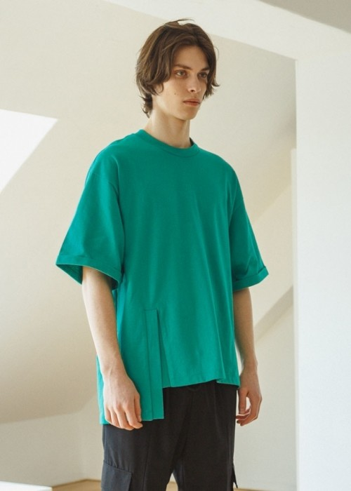 Slit half T-shirts (TWO COLOR)